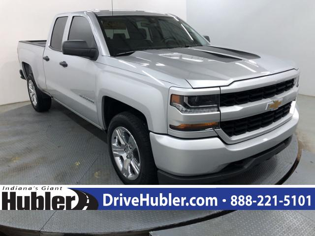 Pre-Owned 2017 Chevrolet Silverado 1500 2WD Double Cab 143.5 Custom