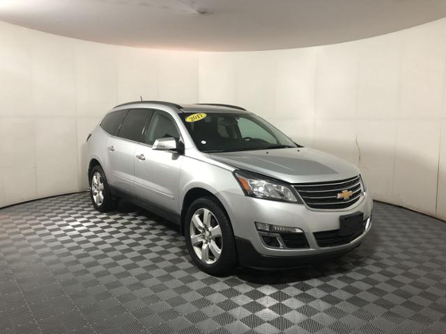 Pre-Owned 2017 Chevrolet Traverse AWD 4dr LT w/1LT