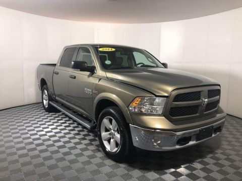 Pre-Owned 2014 Ram 1500 4WD Crew Cab 140.5 Outdoorsman