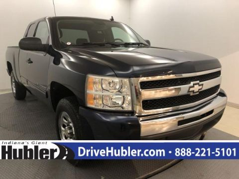 Pre-Owned 2011 Chevrolet Silverado 1500 2WD Ext Cab 143.5 LT