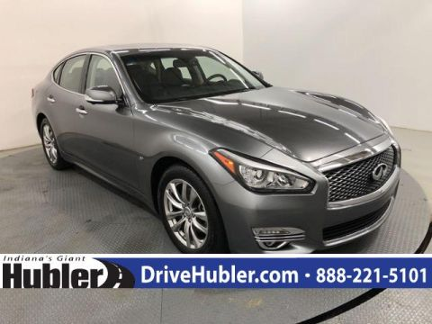 Pre-Owned 2018 INFINITI Q70 3.7 LUXE RWD